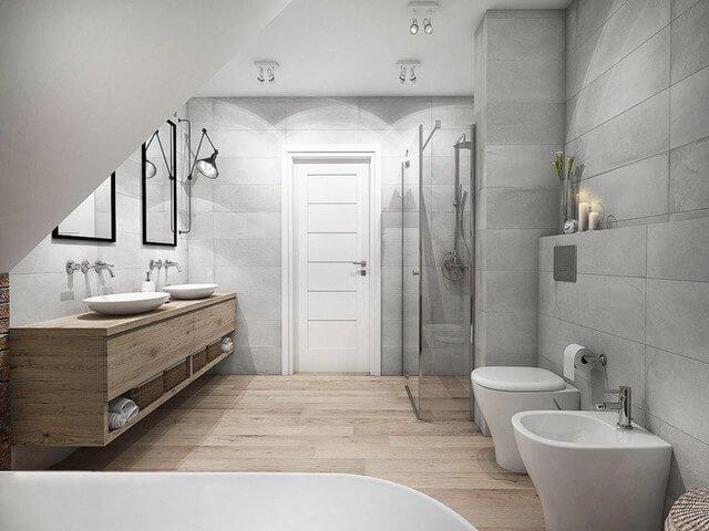 Двери и полы в ванную